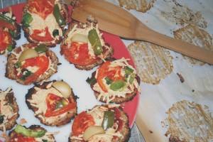 Cauliflower Pizza Bites on coconutcourtney.com http://coconutcourtney.com/2014/05/21/cauliflower-pizza-bites/